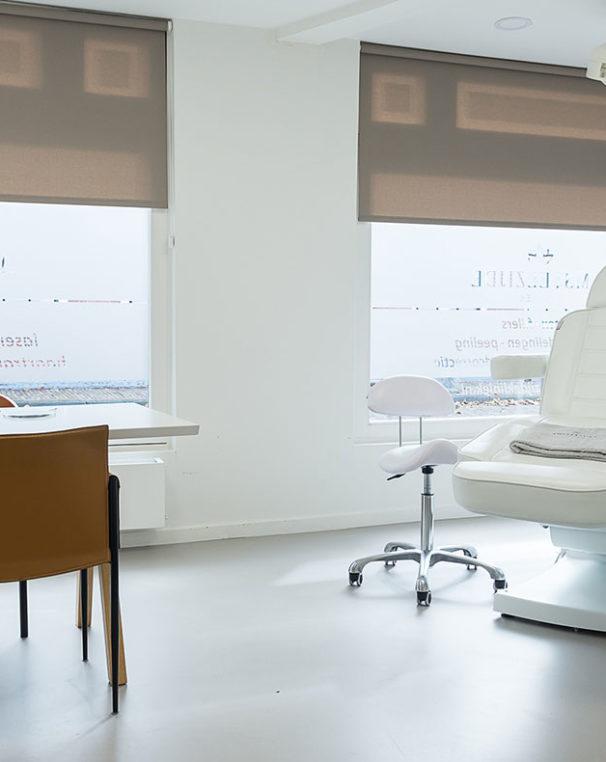 behandelruimte-amstelzijde-kliniek