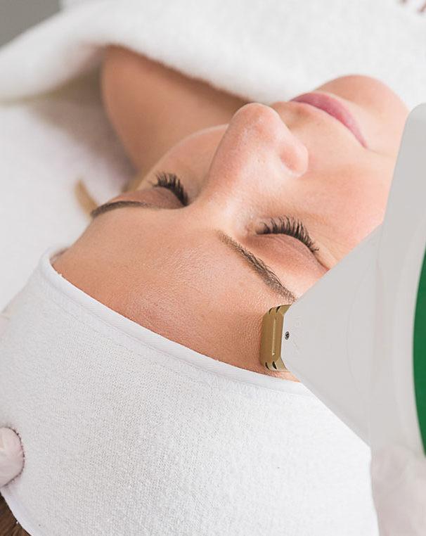 max-g-gezichtsbehandeling-amstelzijde-kliniek