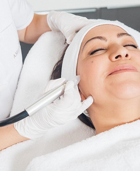 huidverjonging-behandeling-amstelzijde-kliniek